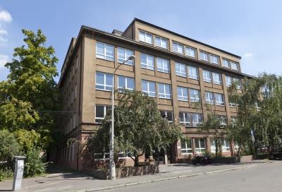 [budovy/FS_Horska_02sm.jpg]